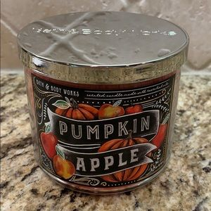 Bath and Body Works 3 wick Fall Scented Candle
